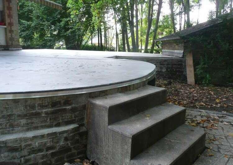 toiture terrasse étanchée en membrane EPDM collée sur béton